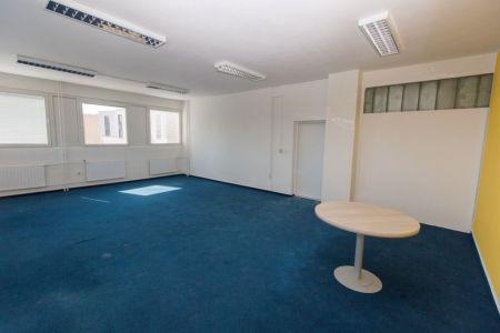IMPEREAL - prenájom - kancelársky priestor 23 m2, 4. posch., Polianky, Bratislava IV.