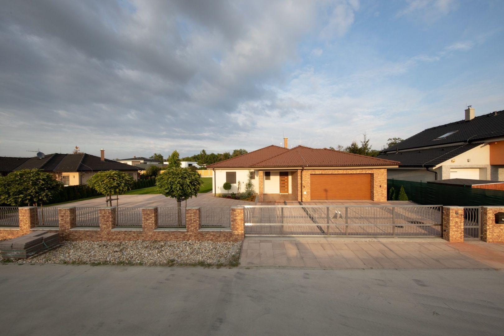 Rodinný dom-Predaj-Ivanka pri Dunaji-590000.00 €