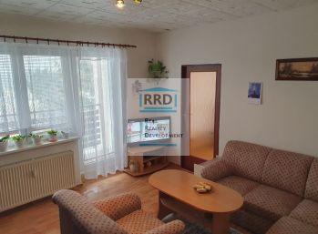 1. Izbový byt s balkónom v mestskej časti Sever o výmere 36 m2. Rezervovaný