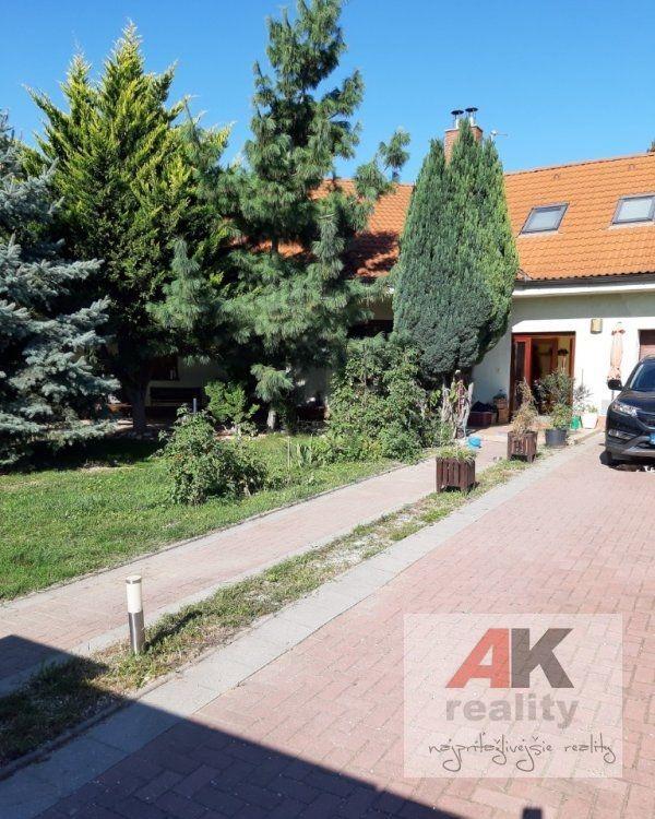 Rodinný dom-Predaj-Rovinka-346000.00 €