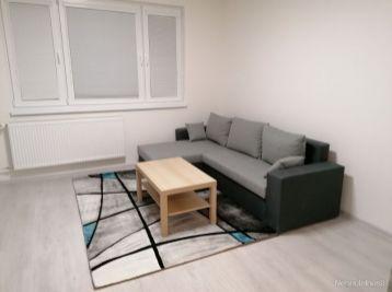 4 izbový byt s nepriechodnými izbami