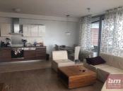Prenájom 3 - izb. bytu s garážovým státím - Tri Veže na Bajkalskej ul.
