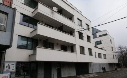 Predaj  nadštandardného 4 izbového bytu ,  Bratislava  I. – Staré Mesto