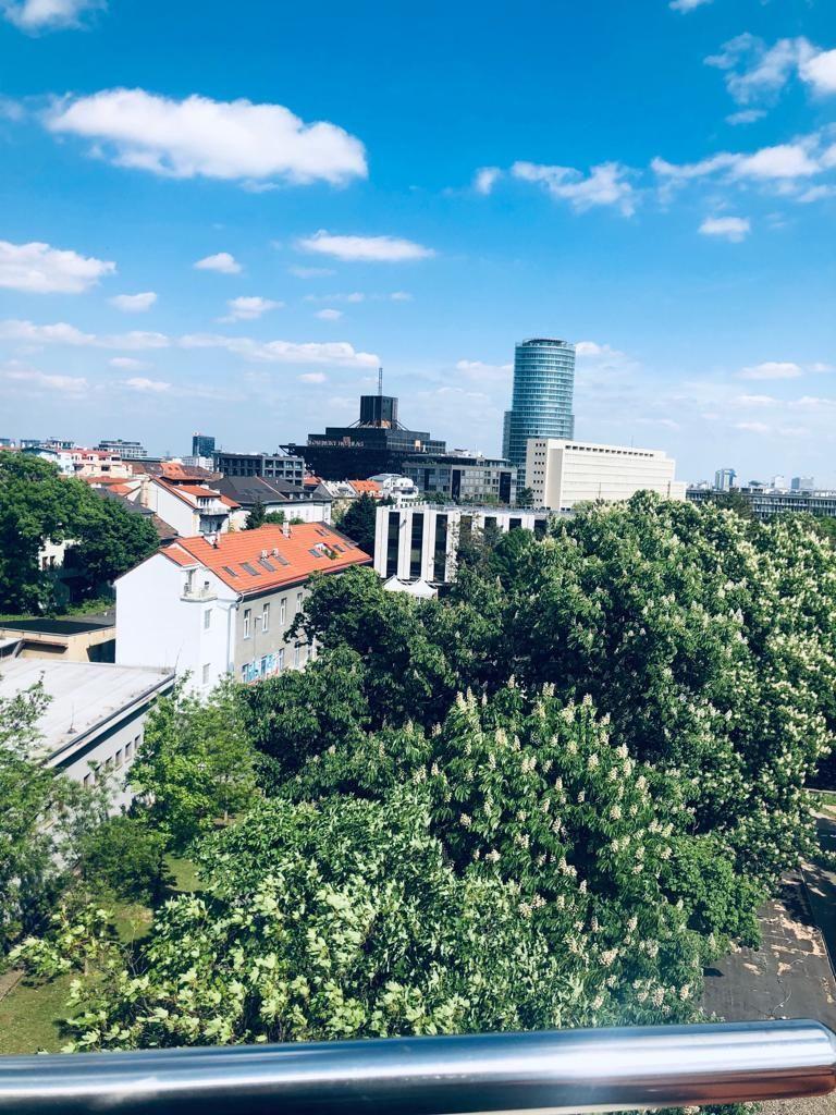 Iný-Predaj-Bratislava - mestská časť Staré Mesto-570000.00 €