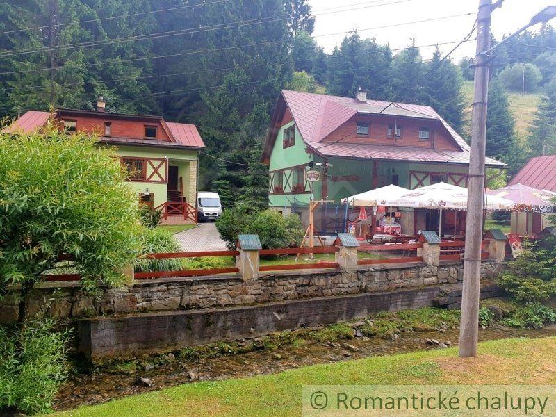 Rodinný dom-Predaj-Zázrivá-380000.00 €