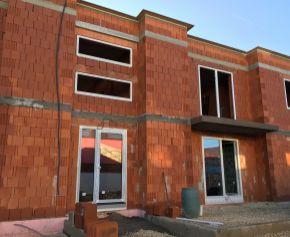 Predaj 2 x 3 izbový byt s terasou, novostavba, Nitrianske Hrnčiarovce, 029-113-FIK