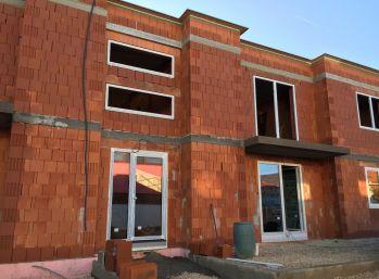 Predaj 3 izbový byt, novostavba, Nitrianske Hrnčiarovce, 029-113-FIK