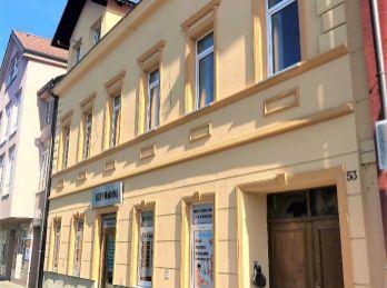 !!TOP LOKALITA: Priestranný 3 izb. byt v CENTRE mesta MALACKY!!!