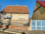 Na predaj zdravý 3.-izb. rodinný dom s pozemkom 262m2, pivnica, Trnava časť Modranka
