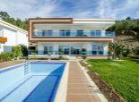 VIP nadštandardné vily (novostavby) s veľkolepým výhľadom, jakuzzi a vlastným bazénom na svojom pozemku
