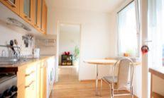 Prenájom: 3 izb. kompletne vybavený byt s veľkou loggiou v peknom prostredi - Púpavová ulica, Karlova Ves
