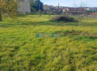 MAXFIN REAL na predaj krásny pozemok v Nitre časť Horné Krškany 1500m2
