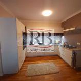 Svetlý a priestranný 3 izbový byt na Račianskej ulici, BA-Nové mesto