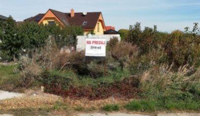 Na predaj pozemok, Dunajská Lužná.