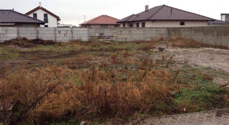 Predaj pozemk pre rodinné domy Miloslavov, Anna Majer