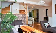 NOVÁ PONUKA: 4 izbový 2-podlažný RD (r.2005) s veľkým suterénom a garážou, perfektná lokácia - Na Mýte, Devínska Nová Ves