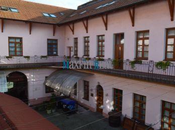 MAXFIN REAL -  3 x kancelária v centre mesta  Nitry