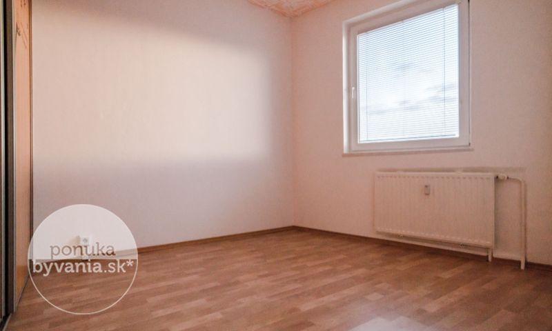 ponukabyvania.sk_Kríková_4-izbový-byt_BEREC