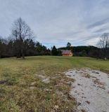 Ponúkame na predaj pozemok neďaleko Rajca, 5000 m2.
