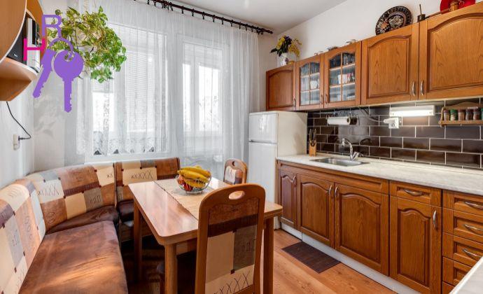 3i byt Budatínska ulica, Petržalka, Loggia, vlastná kotolňa pre bytový dom