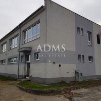 Administratívna budova, Prievidza, 832 m², Čiastočná rekonštrukcia