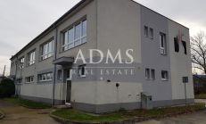 Administratívna budova v Prievidzi