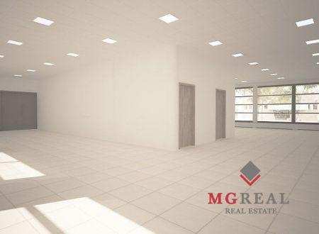 Od januára prenájom 180 m2 vynoveného obchodného priestoru v centre Trnavy