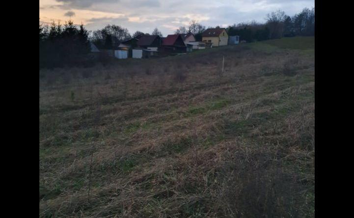 Na predaj posledné dva pozemky v rekreačnej oblasti Eva