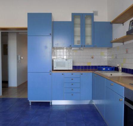 STARBROKERS - Prenájom  2 izb. bytu s galériou, terasou a parkovacím státím, Kresánkova ul., BA IV - Dlhé diely