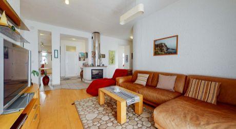 Len u nás v ponuke: Predaj 4 izbového bytu na Štetinovej ulici v lokalite Palisády v centre (virtuálna prehliadka)