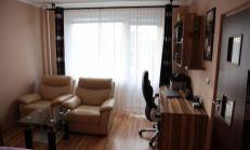 BÝVAJTE ALEBO INVESTUJTE - 1 izb. s loggiu blízko centra v Košiciach