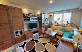 Na predaj veľký 2 izbový byt, 64 m2, kompletná rekonštrukcia, klimatizácia, Dubnica nad Váhom - Pod Kaštieľom.