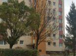 --PBS-- Čiastočne prerobený 1.-izbový byt typu BAURING o výmere 30 m2, Poštová ulica - ZÁTVOR