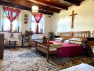 Nová cena!! Na predaj 4.-izb. vidiecky domček vhodný na celoročné bývanie ale aj rekreáciu, obec Ostrov pri PN