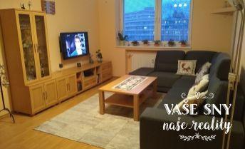 Rezervovaný !!  Na predaj vkusný, priestranný 4 izb byt na Bavlnárskej ulici v Trenčíne.
