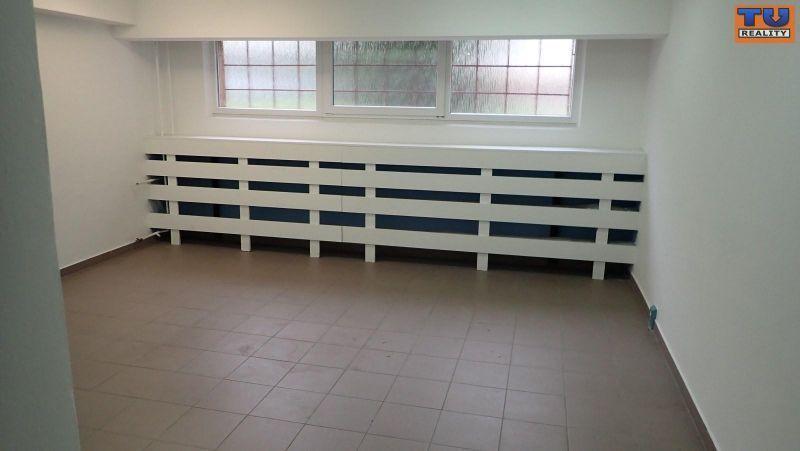 Obchodný objekt-Predaj-Malacky-74000.00 €
