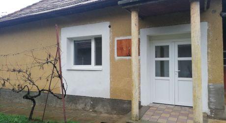 rodinný dom na predaj v obci Veľké Lovce.