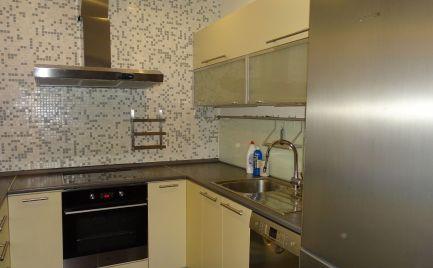 Spokojné bývanie ! Prenájom 3izb. bytu v Šamoríne na Školskej ulici