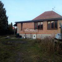 Rodinný dom, Horné Orešany, 795 m², Čiastočná rekonštrukcia