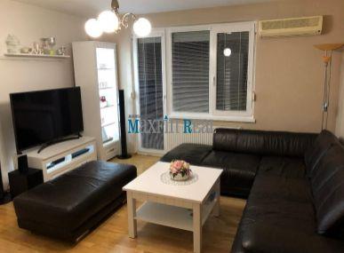 MAXFINREAL - na predaj 2 izbový byt s garážou a parkovacím miestom Zlaté Moravce