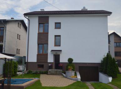 Luxusne prerobený rodinný dom dpo Tatrami.