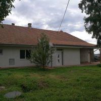Rodinný dom, Hurbanovo, 100 m², Čiastočná rekonštrukcia