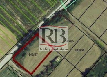 Predaj pozemku(1672m2) v Budmericiach