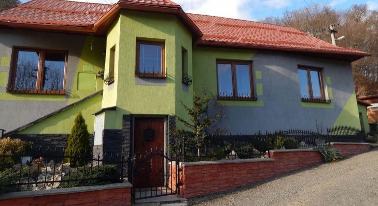 Na predaj 4-izbový rodinný dom 944 m2, Kremnica, okres Žiar Nad Hronom