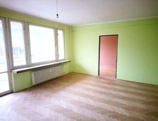 Zvolen, Sekier – 4-izbový byt s 3 loggiami, 106 m2 – predaj