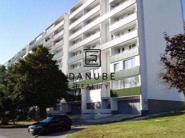 Prenájom 1,5 izbového bytu na Donnerovej ulici, Bratislava - Karlova Ves.