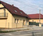 5 izbový tehlový rodinný dom s pozemkom 359 m2, novostavba, Soblahov