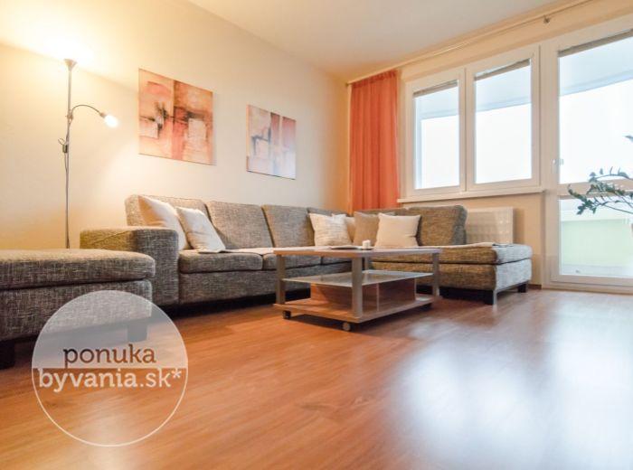 PREDANÉ - VETERNICOVÁ, 3-i byt, 87 m2 - množstvo ZELENE a pokoj, DVE LOGGIE, ideálna orientácia