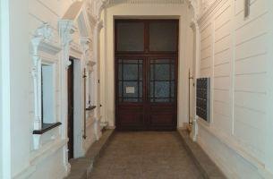 Byt 2+1, 80m2, kompl. rekonštrukcia, Tolstého, Bratislava I, 240.000,-EUR