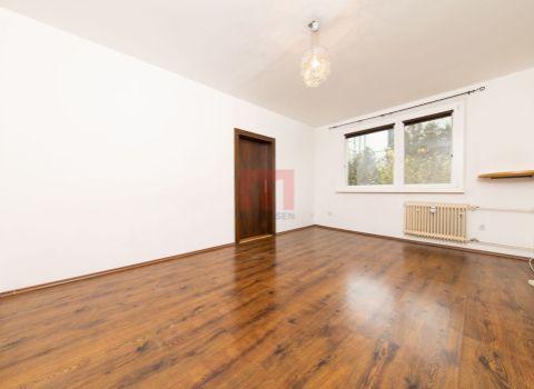 REZERVOVANÝ - Na predaj 2 izbový byt v blízkosti Vrakunského lesoparku